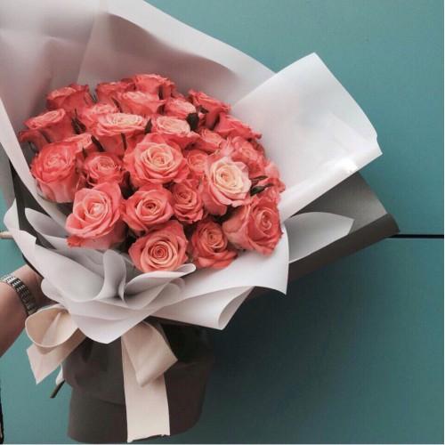 Купить на заказ Букет из 31 розовой розы с доставкой в Шалкаре