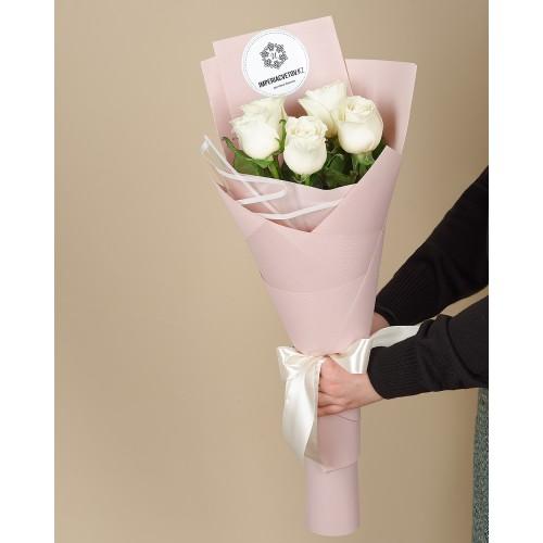 Купить на заказ Букет из 5 роз с доставкой в Шалкаре