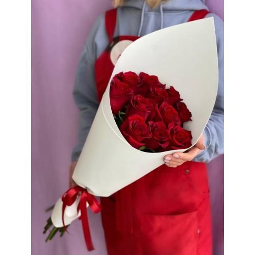 Купить на заказ Букет из 11 красных роз с доставкой в Шалкаре